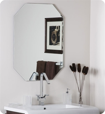 Decor Wonderland Frameless Octagon Scallop Beveled Mirror